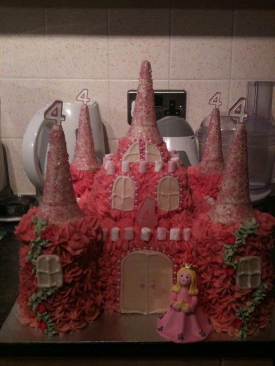 Any one in to cake making or cake design? Xx-image-4030513224.jpg