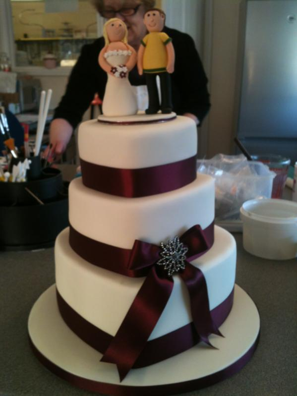 Any one in to cake making or cake design? Xx-image-4069140416.jpg