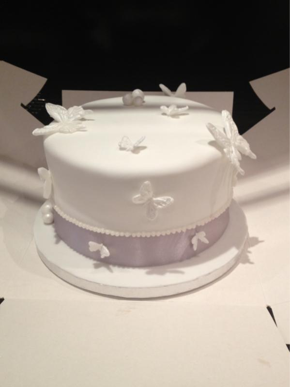 Any one in to cake making or cake design? Xx-image-4243109807.jpg