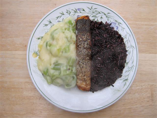 Click image for larger version.  Name:Salmon & Thai Black Rice (Small).JPG Views:1877 Size:57.8 KB ID:106219