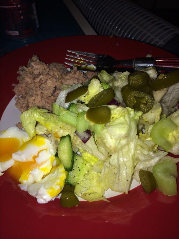 Hubz's food diary-tuna-salad.jpg